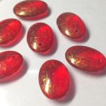 Koraliki Czech Glass Beads 15x11 mm Transparent Ruby/Antique Gold 2 szt.