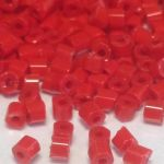 Preciosa Hexagon Bugle Opaque Red 2,25mm 10 gram