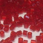 Preciosa Hexagon bugle Transparent Ruby 1,8mm 10 gram