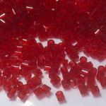 Preciosa Bugle  1,7mm - Transparent Ruby - 10 gram