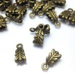 Krawatka Bali 14x6,5x4,5mm antique bronze - 1 szt